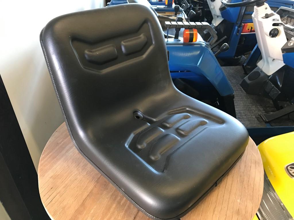 Universele tractor / zitmaaier stoel